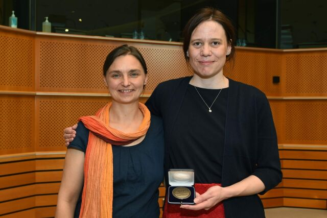 Unfairtobacco founders Sonja von Eichborn and Laura Graen with the World No Tobacco Day Award 2017